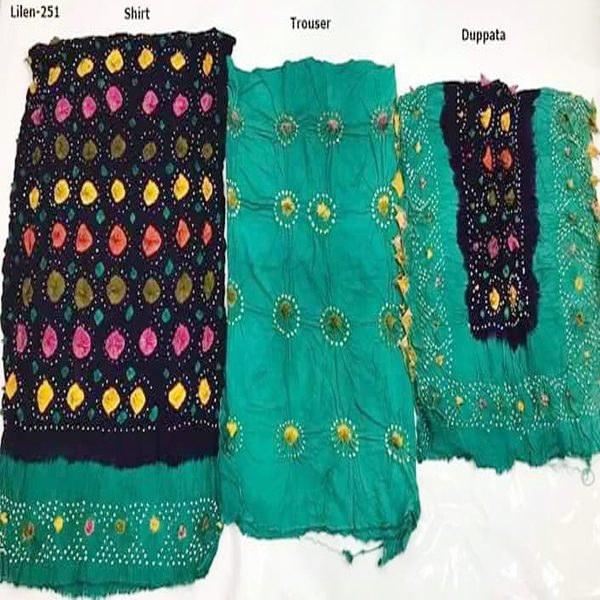 Black Dark Green Women Collection in Pakistan